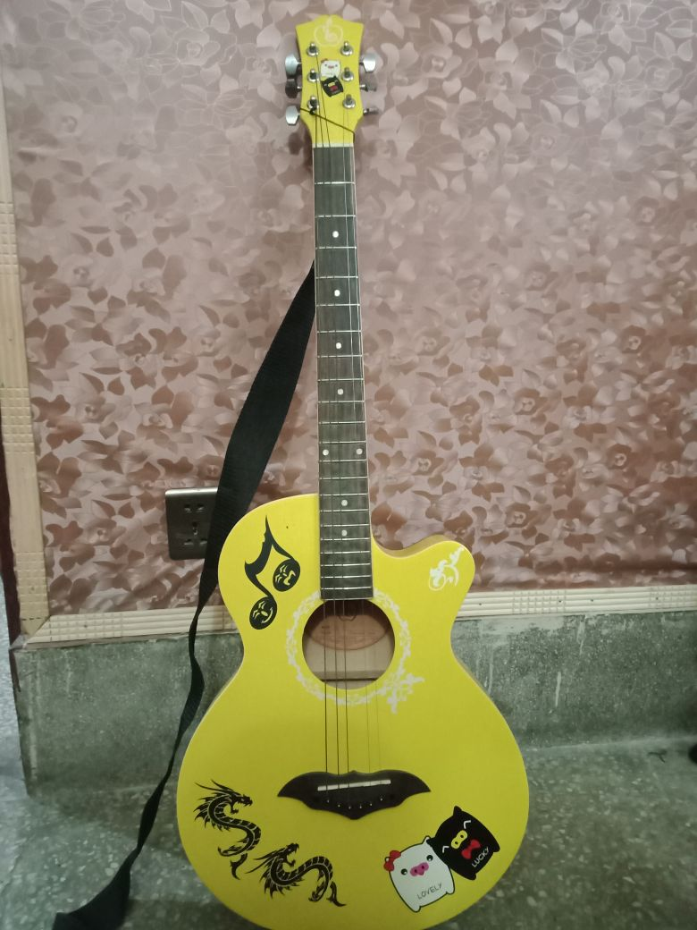 Guitar Wooden Accoustic
